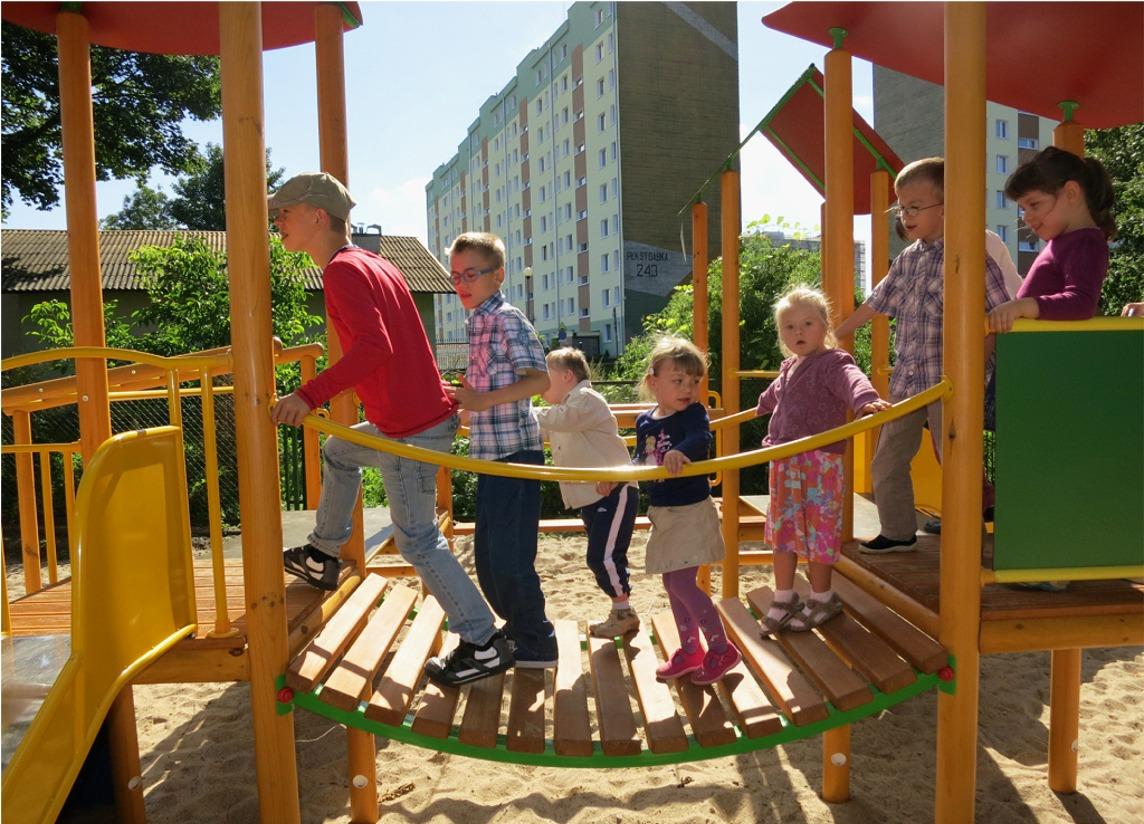 otwarcie-placu-zabaw-w-gdyni-25-06-2012-r